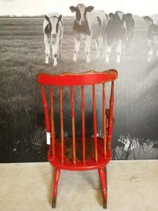 antieke industriële retro schommelstoel