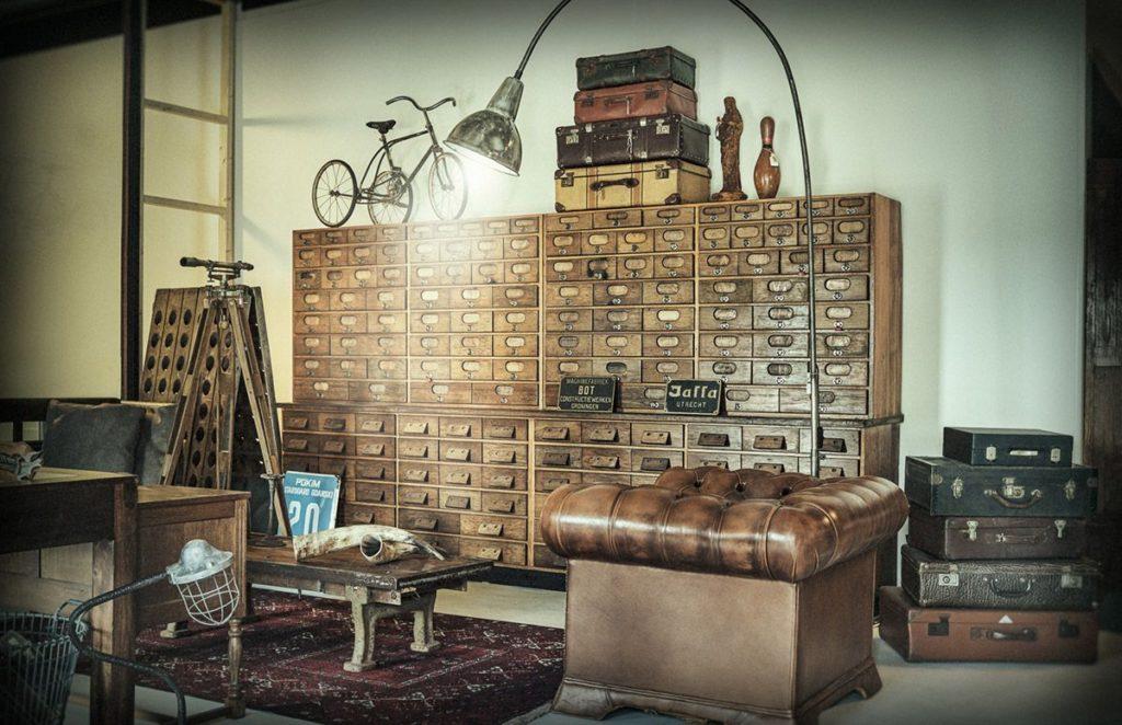 Industriele Meubels Vintage.Het Erfgoed Wijchen Retro Vintage Industrieel Antiek